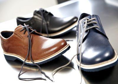 009-Shoes